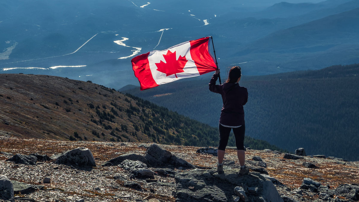 Canada introduces tighter travel restrictions amid the increase in COVID-19 variants