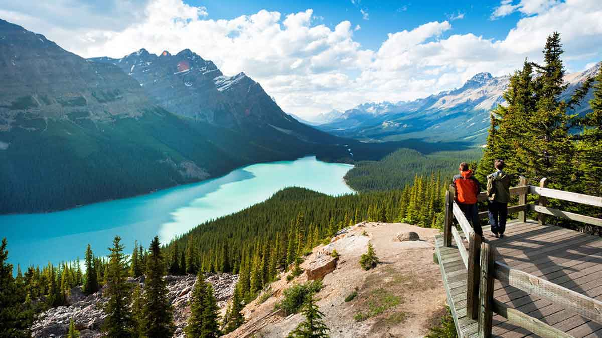 Direct flights between Canada and India will resume on September 27