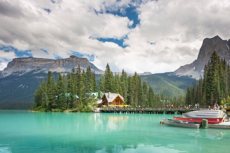 British Columbia PNP invites 216 immigration candidates for a provincial nomination